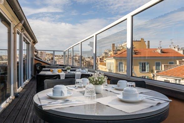 rejser til nice provence og c te d 39 azur. Black Bedroom Furniture Sets. Home Design Ideas